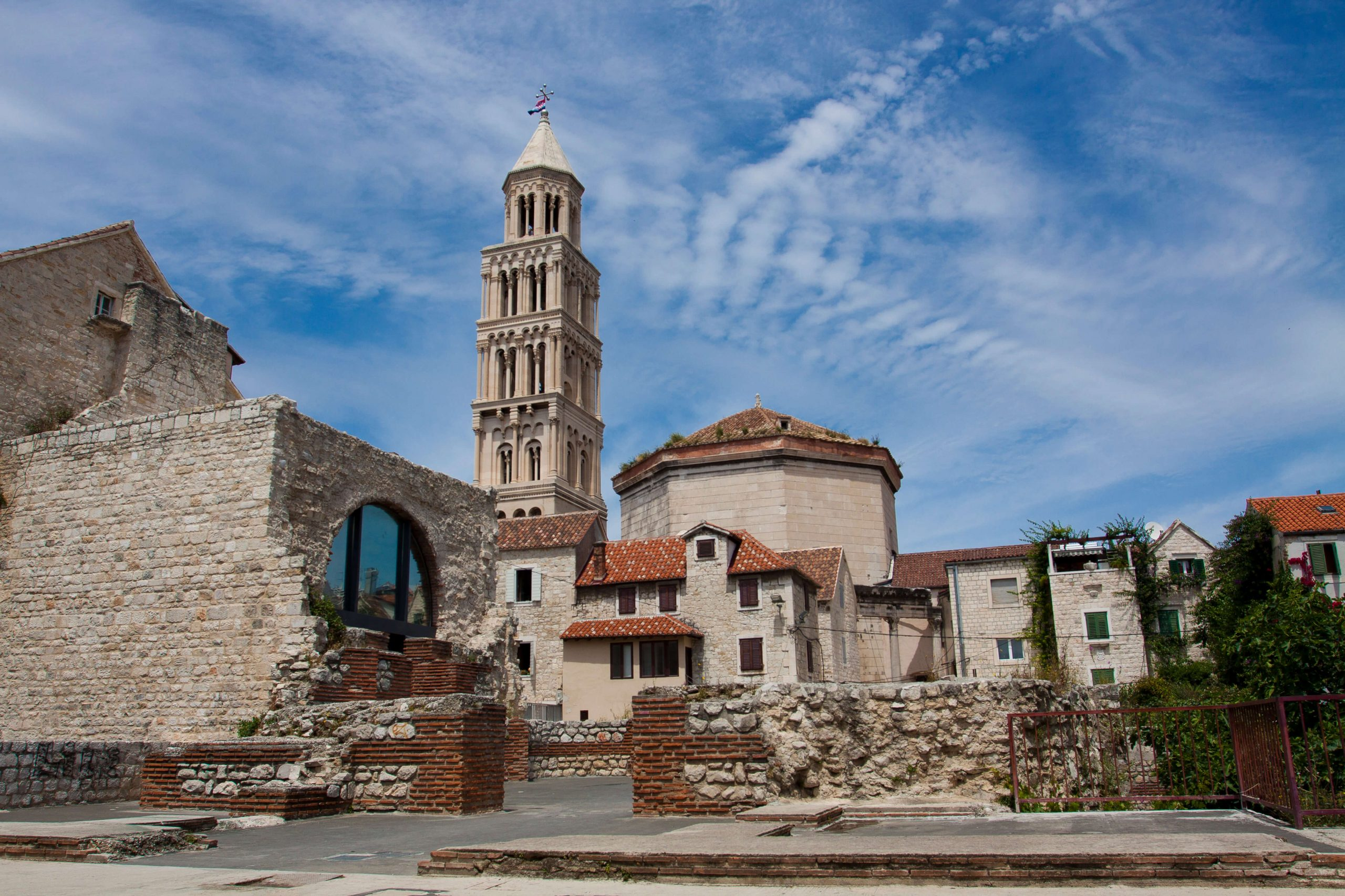Flight and airline guide to Split 2019