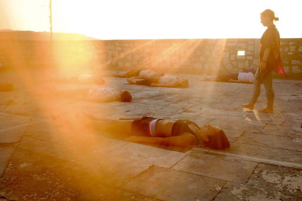 5 steps living yoga summersalt yoga